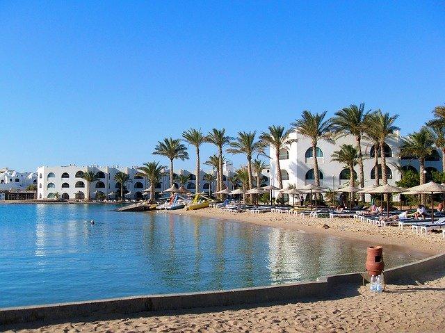 pláž v Tunisu