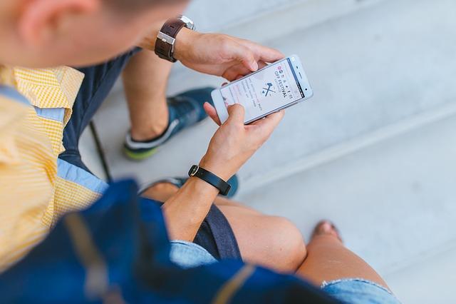 prohlížení webů na mobilu