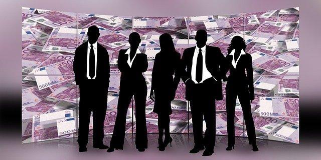 manažeři a peníze
