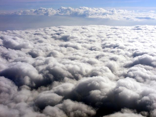 bílá oblaka.jpg
