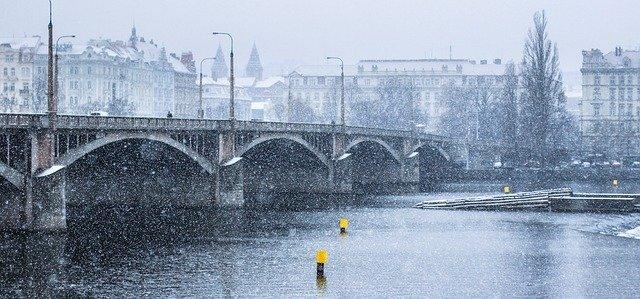 Karlův most v zimě