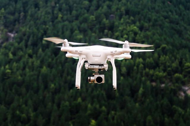dron s termokamerou