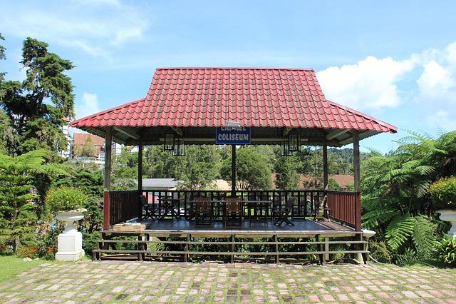 otevřený zahradní altán